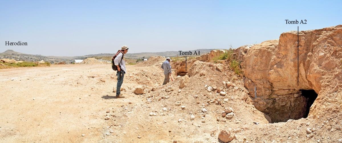 Khalet al-Jam'a necropolis