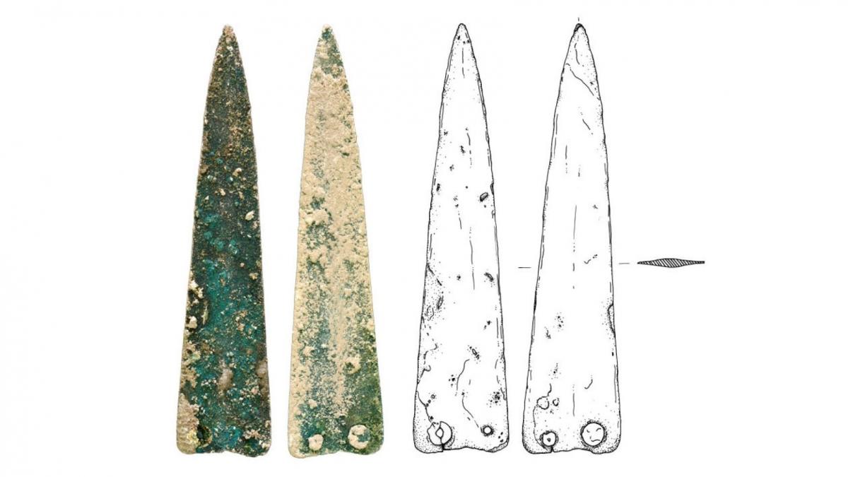 Bronze Age blade
