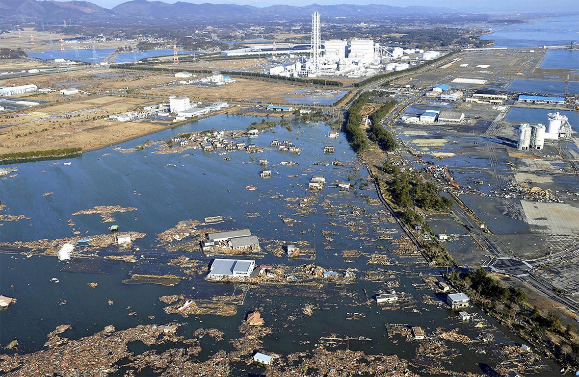 Japan 2011 earthquake and tsunami: Interactive photos show scale ...