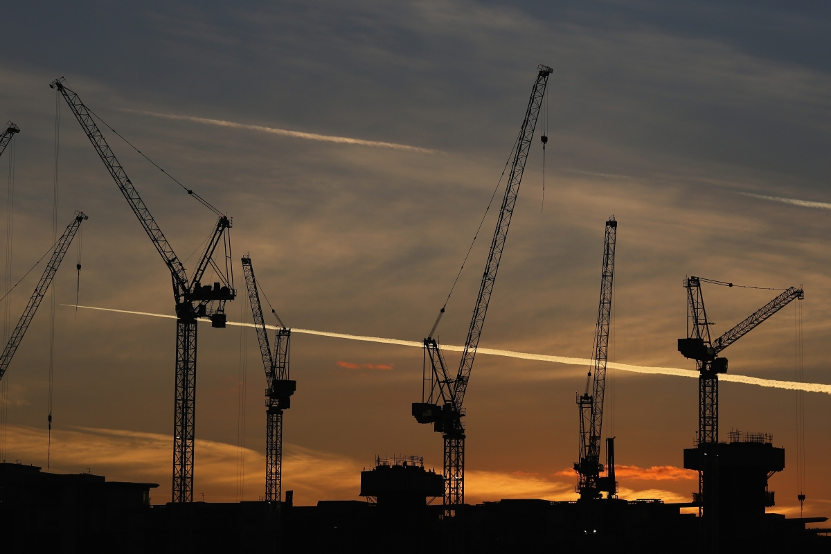 London property cranes constructions