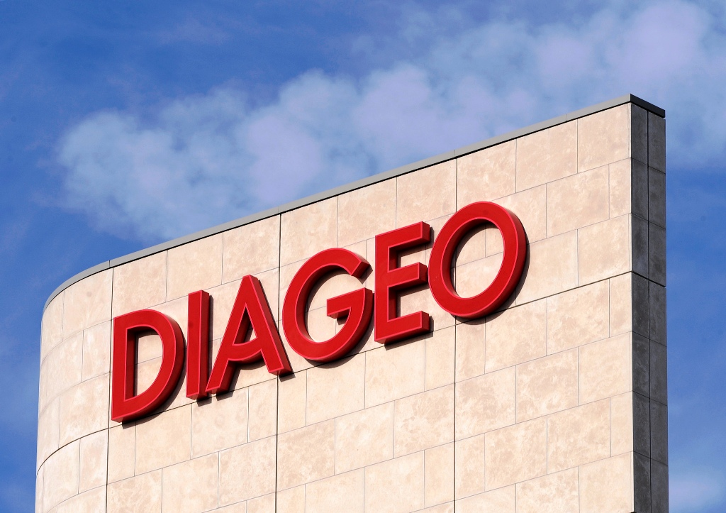 Diageo ordered by an Indian tribunal to temporarily hold the $75m severance package to Vijay Mallya