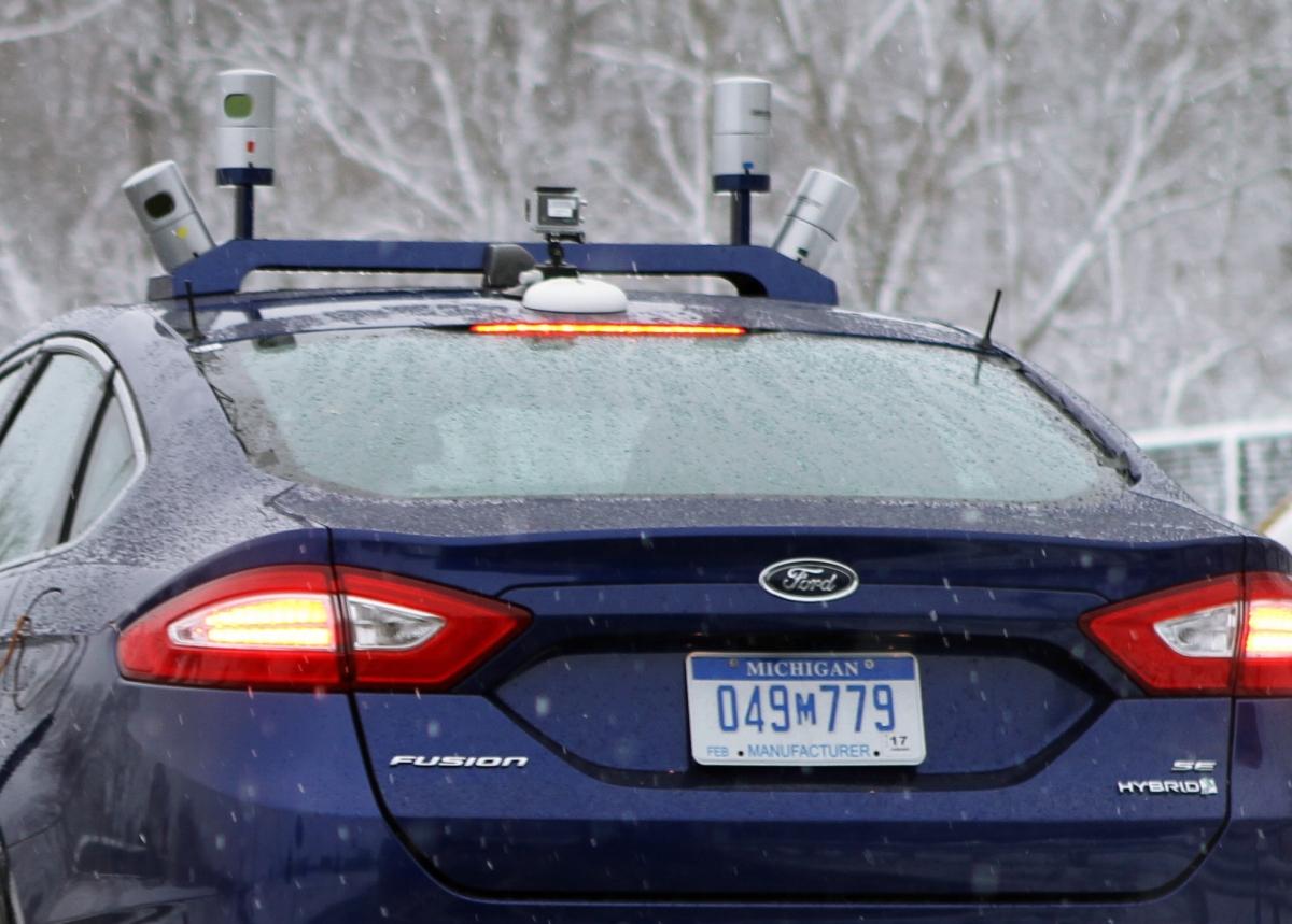 autonomous Ford in snow