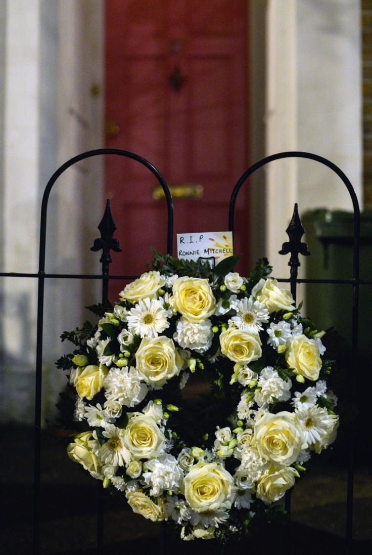 eastenders wreath