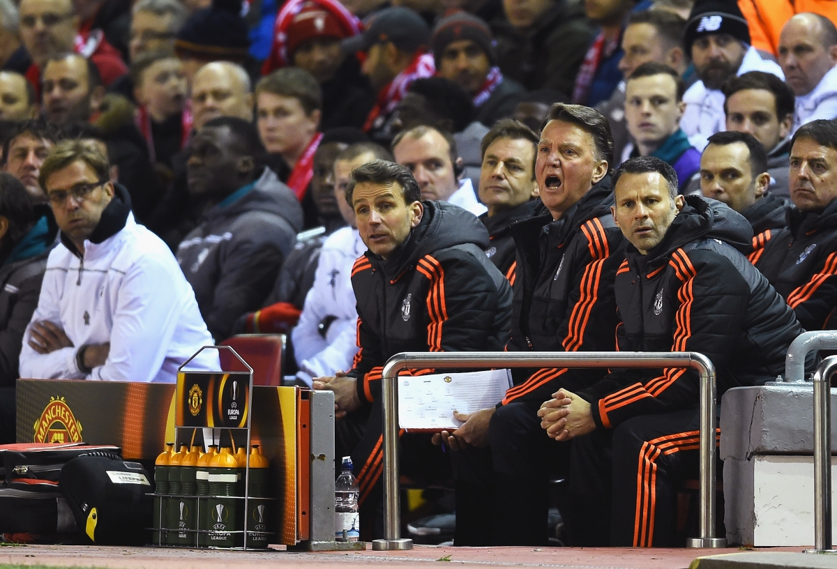 Louis van Gaal on the bench