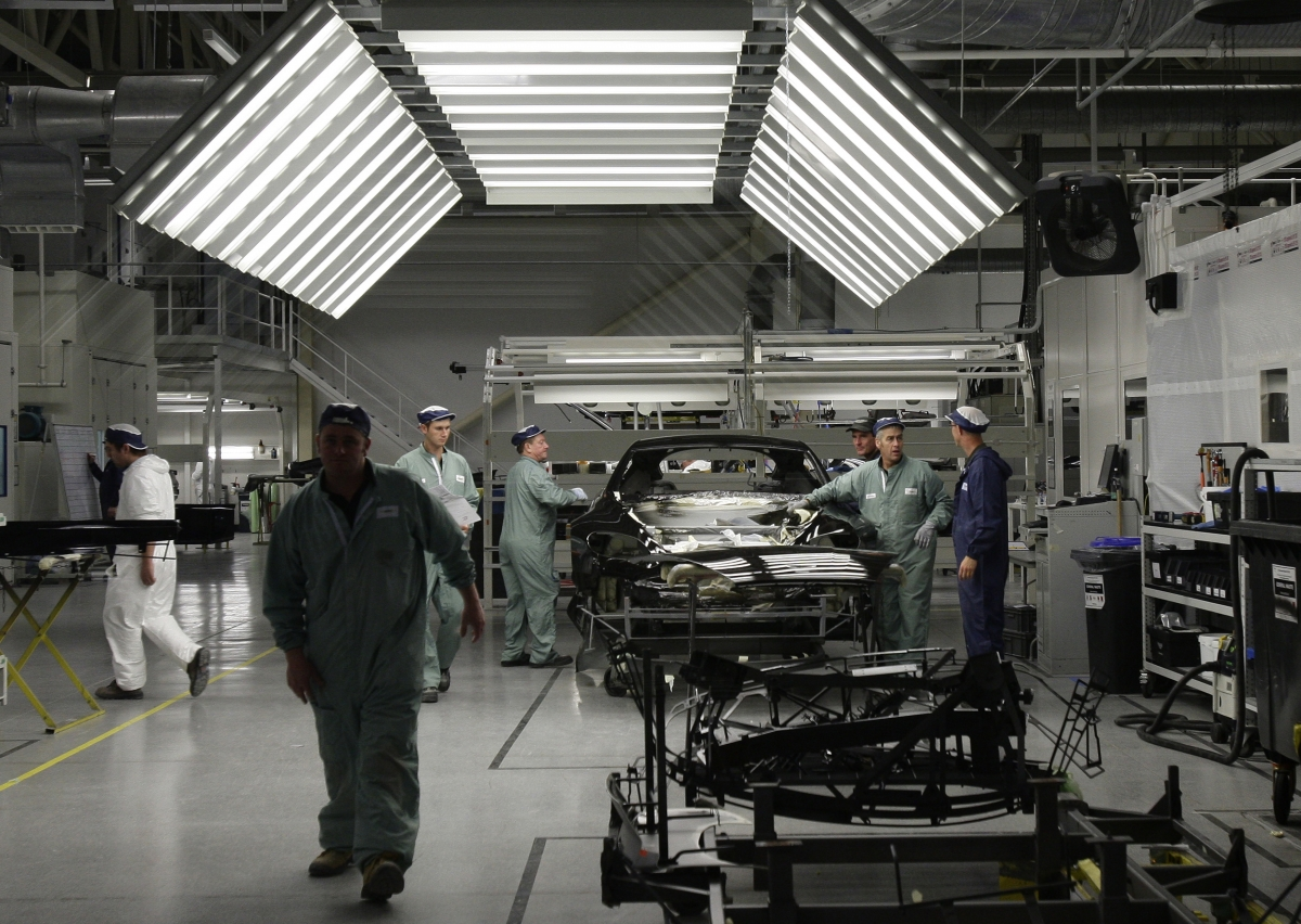 Rolls-Royce, Bentley, JLR and Aston Martin cars painter gets funding from the Business Growth Fund