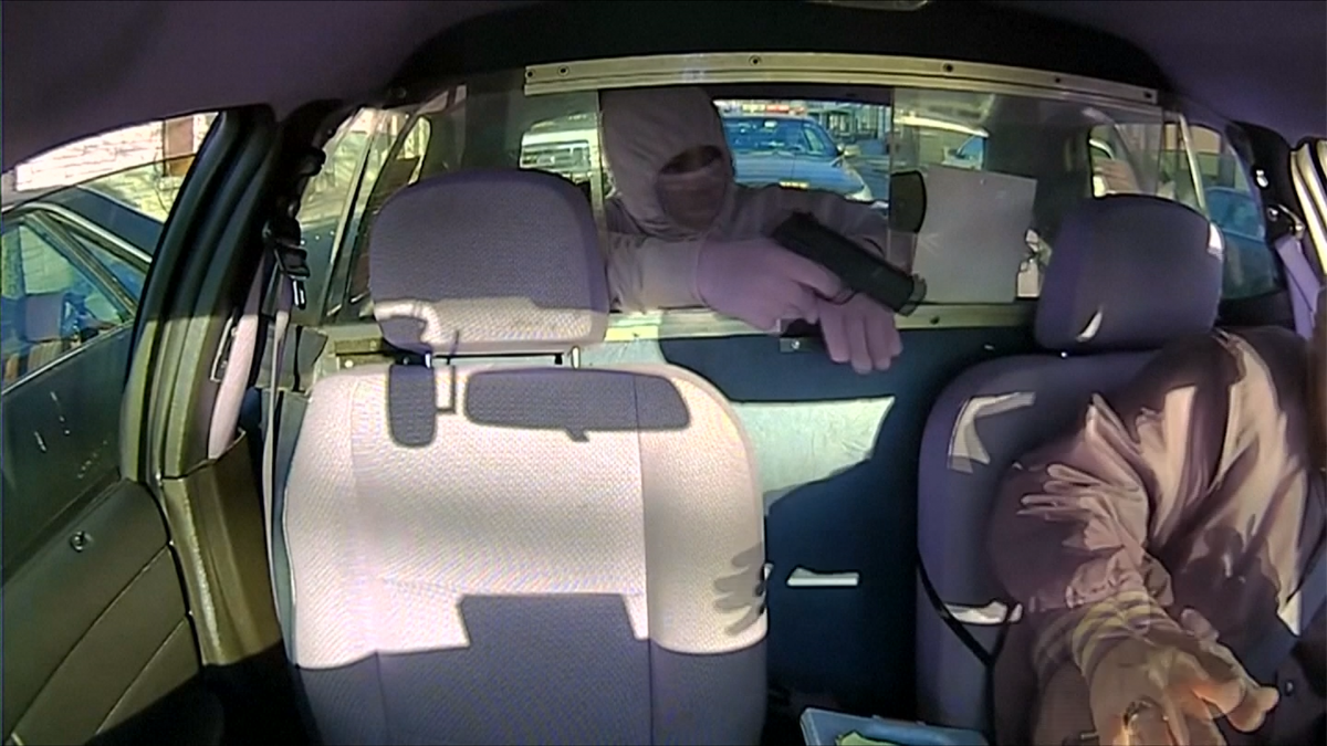 Taxi attempted robbery