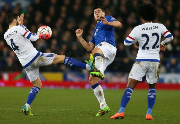 Gareth Barry in action at Goodison
