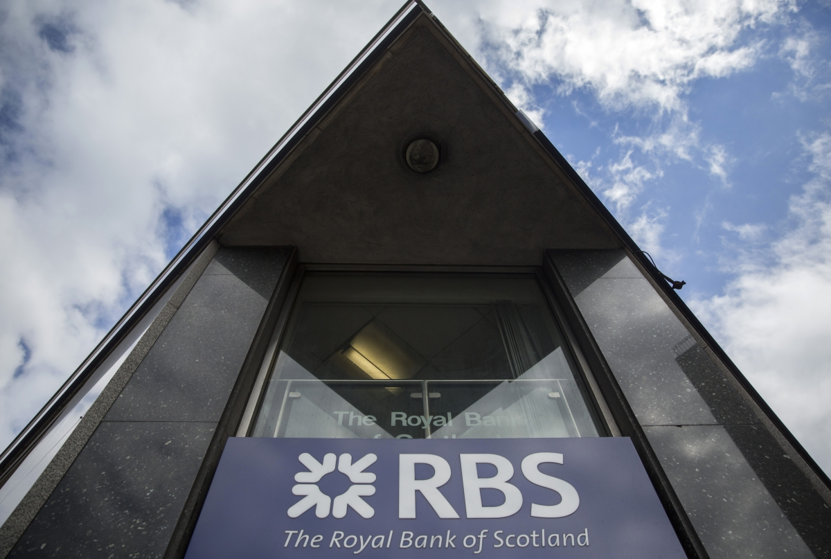 "RBS to cut 550 staff and replace them with ""robo-advisers"""