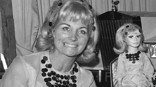 Sylvia Anderson dies at 88
