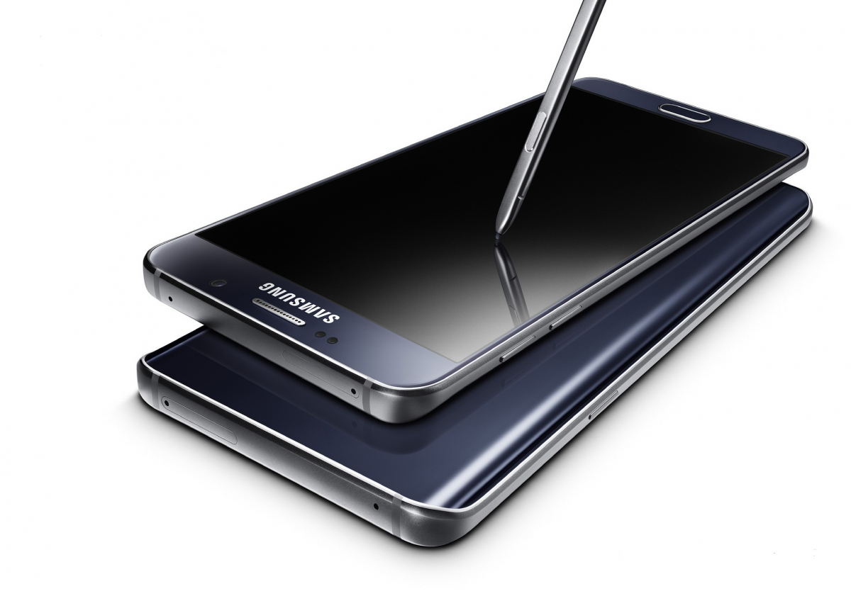 Galaxy Note 5 devices and stylus