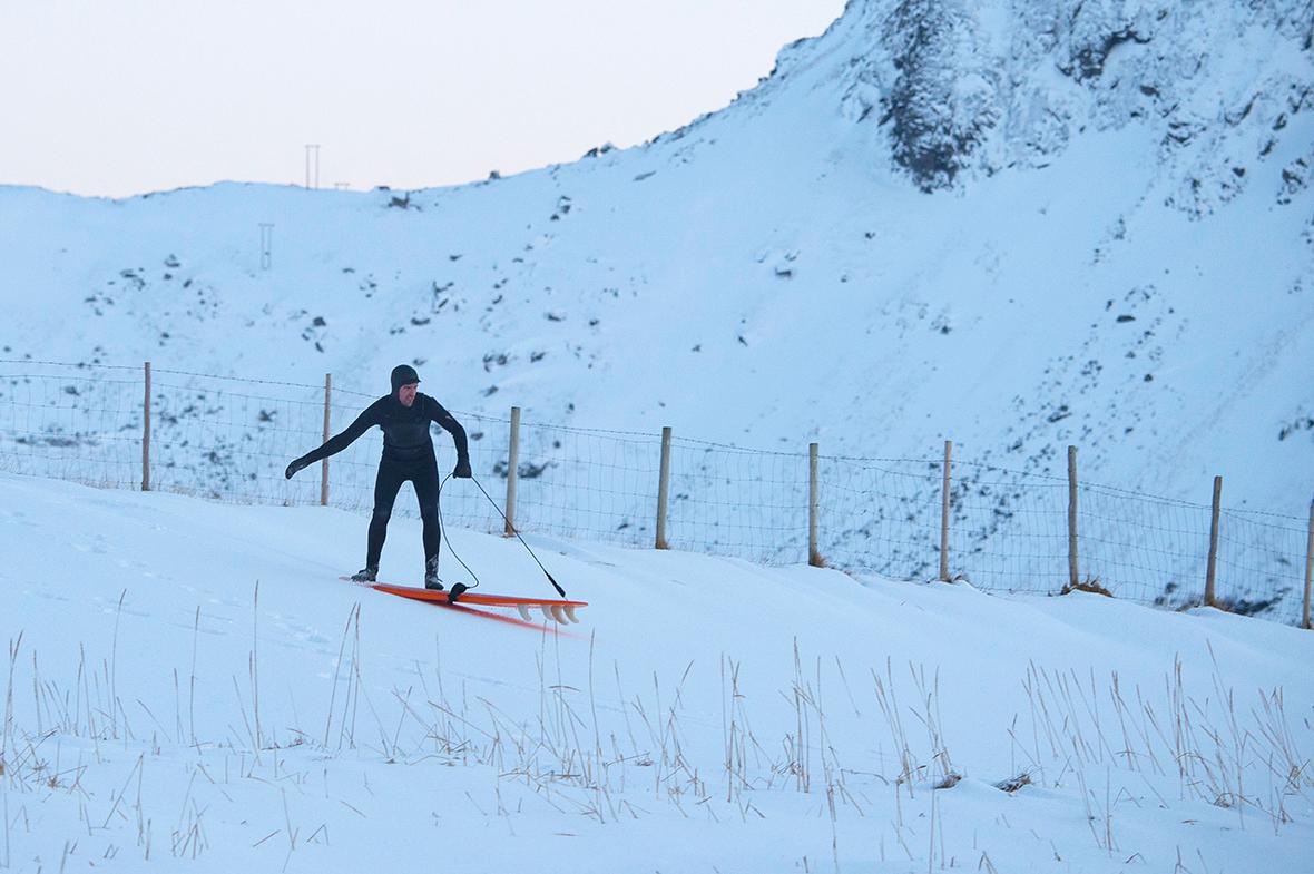 Arctic surfing