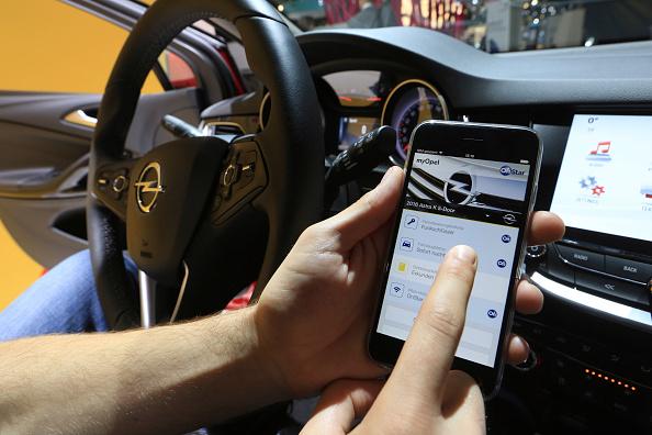 FBI issues warning on car hacking