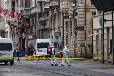 Istanbul Istiklal Avenue suicide bombing