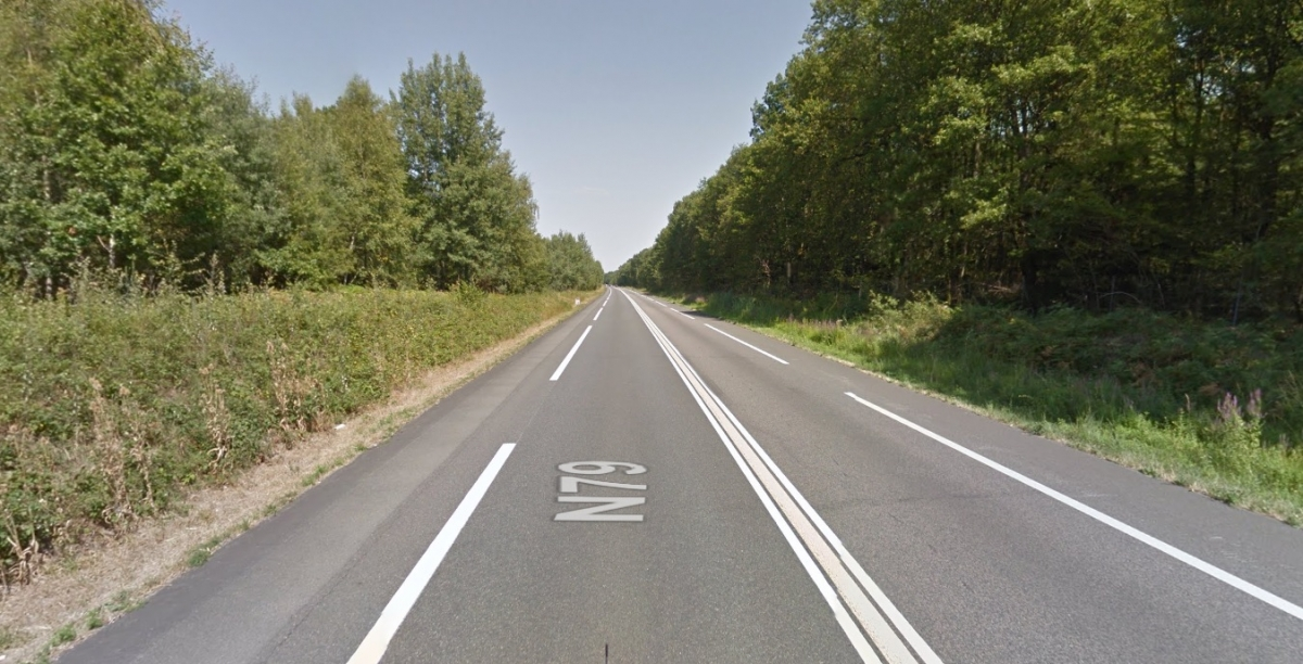 N79 minibus crash Moulins France