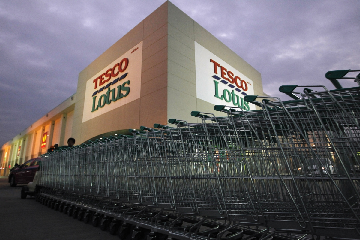 Tesco advertisement depicting domestic violence spurs social media backlash
