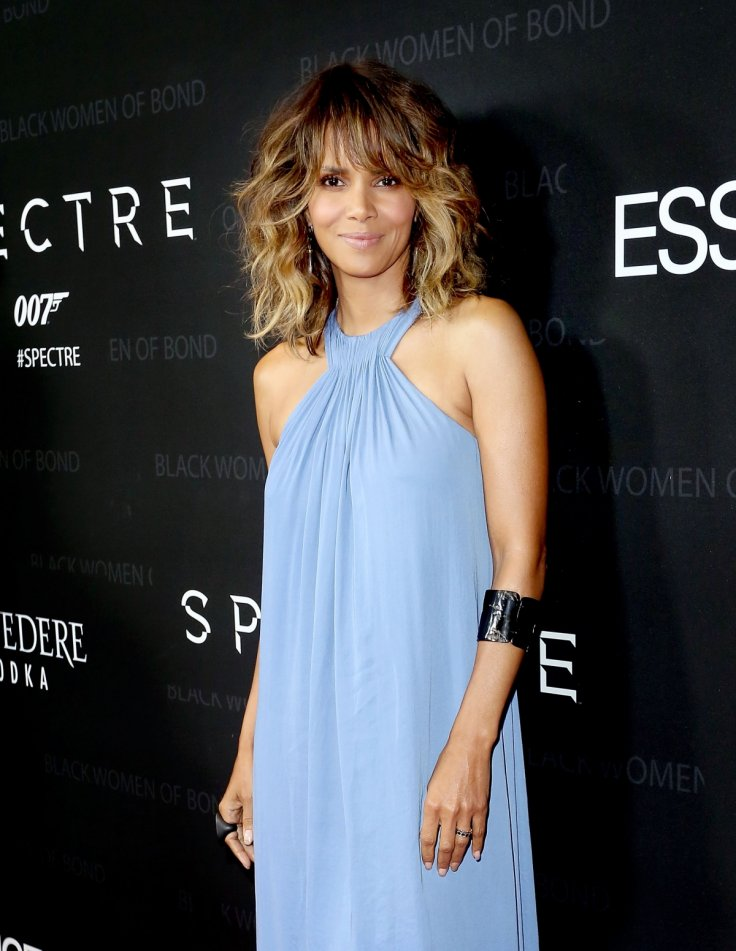 Halle Berry Joins Instagram With Stunning Topless Photo-4890