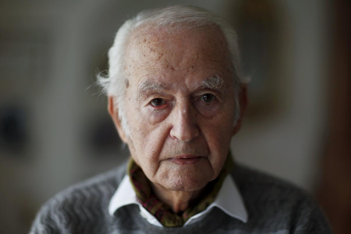 Leon Schwarzbaum