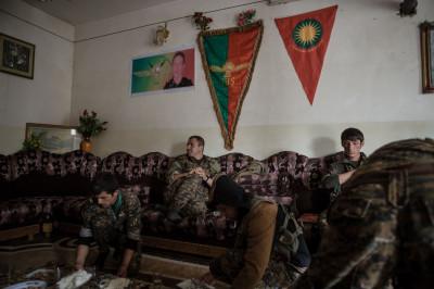 Sinjar female fighters
