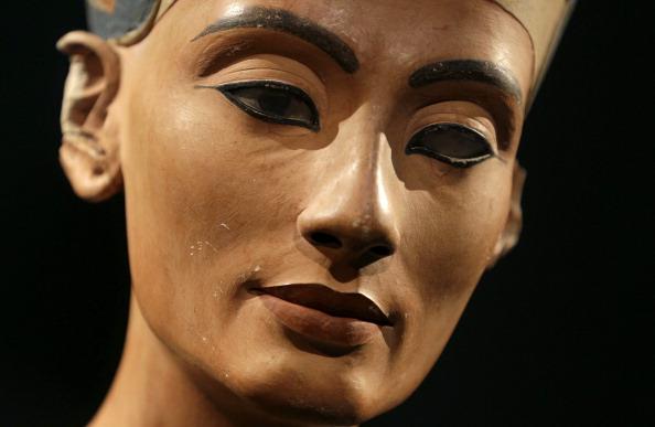 Nefertiti hidden