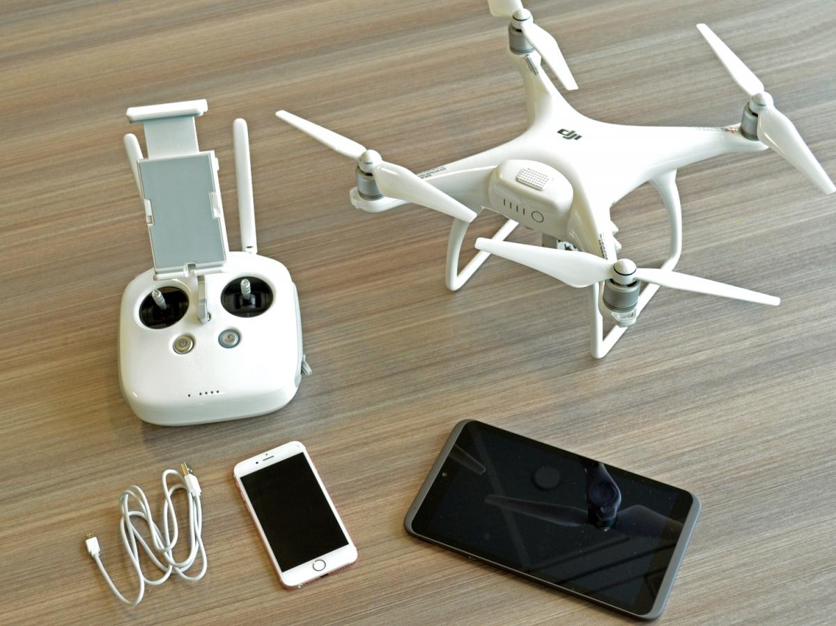 How to set up Phantom 4 drone