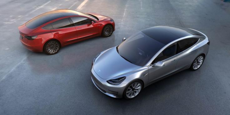 Tesla model 3 racks up 232,000 in pre-orders