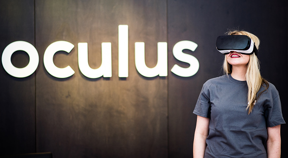 Facebook builds UK Oculus team