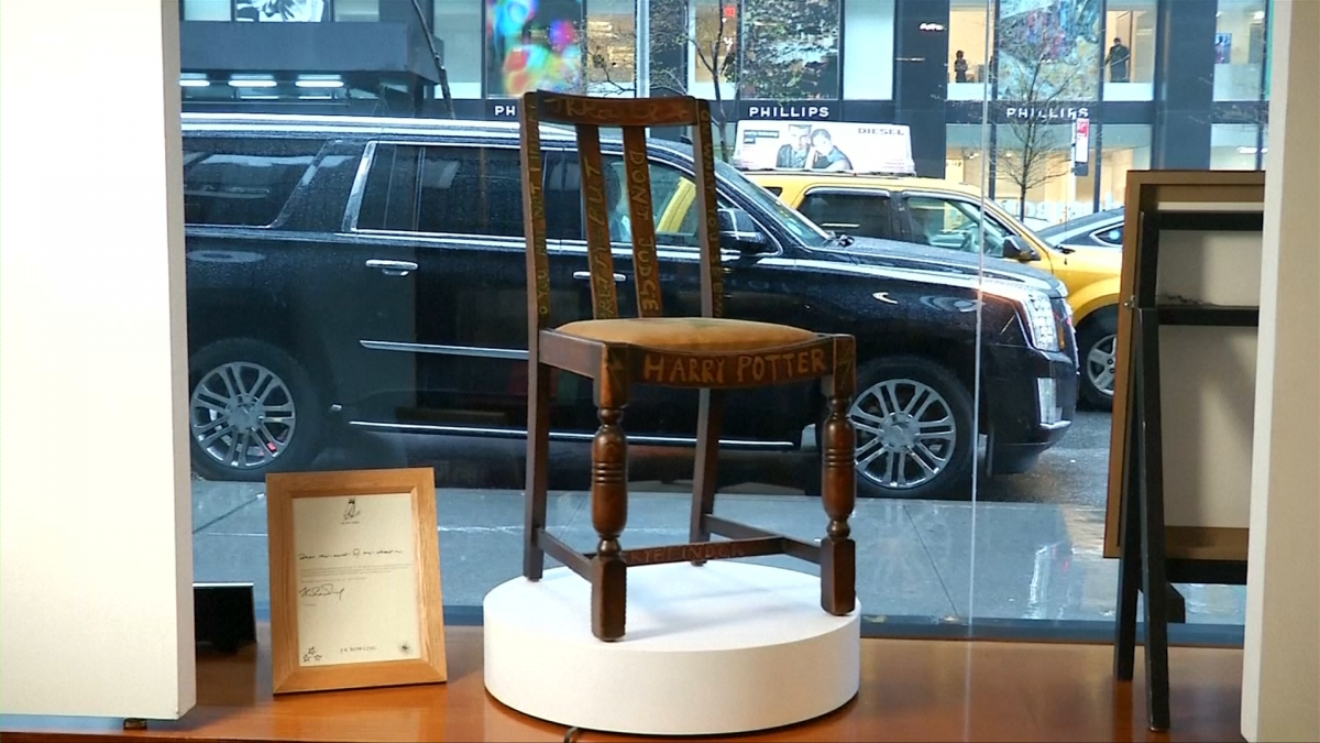 JK Rowling Chair