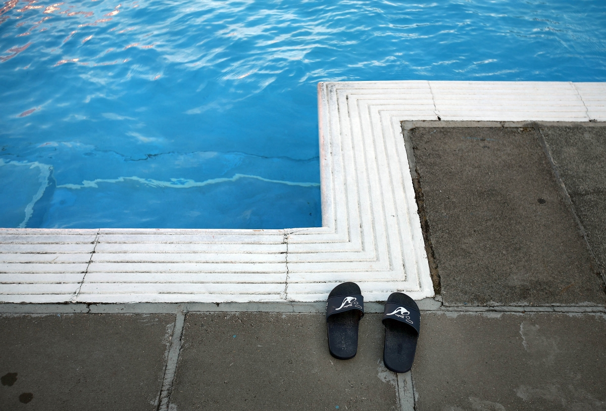 British four year old drowns in costa blanca pool during holiday in torrevieja for Swimming pool repairs costa blanca