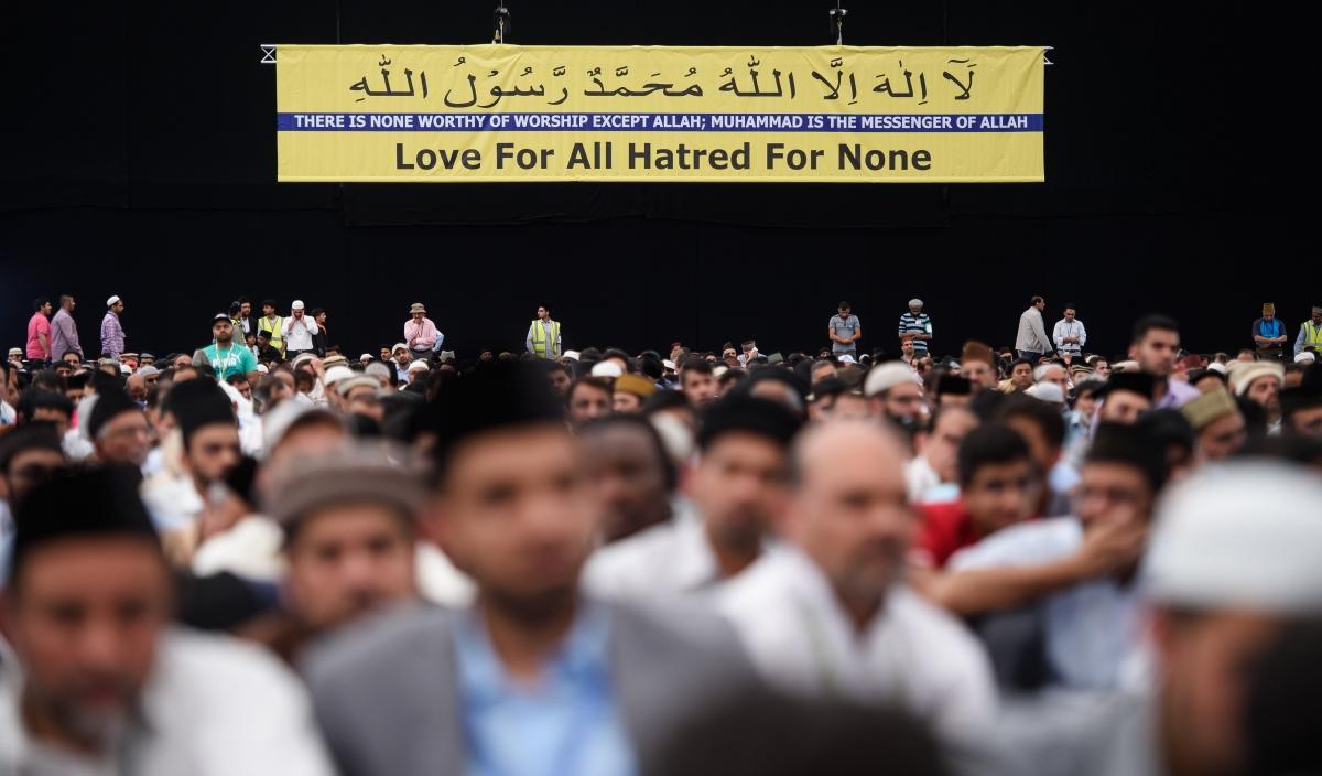 Ahmadi Muslims gather in Hampshire, UK