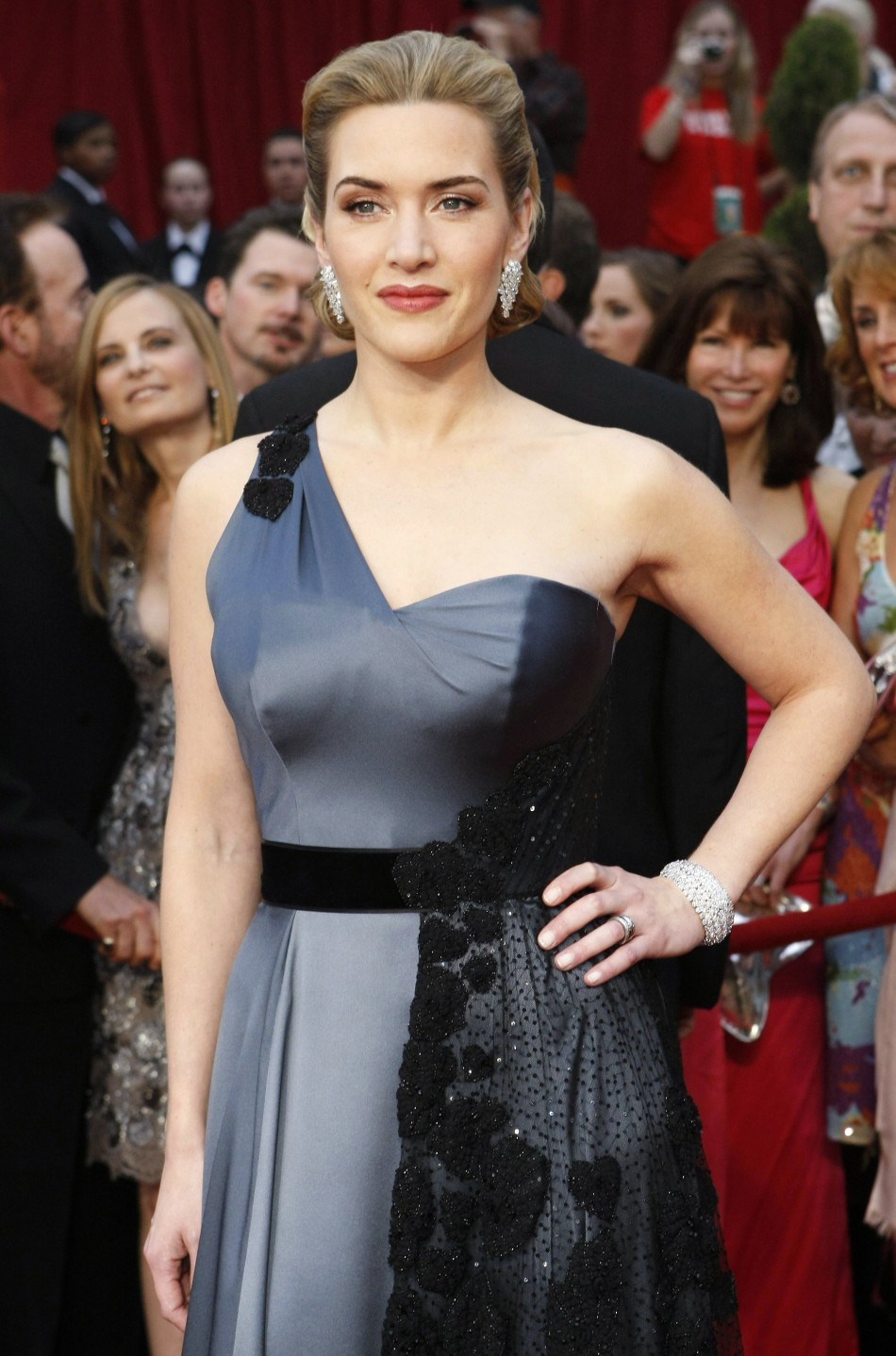 Kate Winslet, best actress nominee for quotThe Reader,quot arrives at 81st Academy Awards in Hollywood