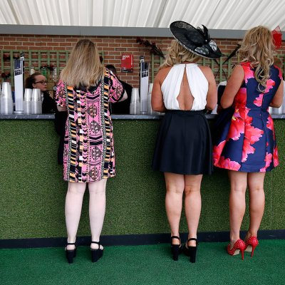 Aintree Ladies Day 2016