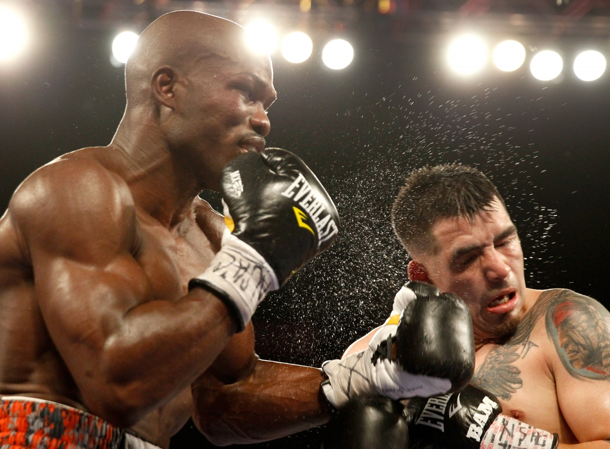 Timothy Bradley vs Brandon Rios