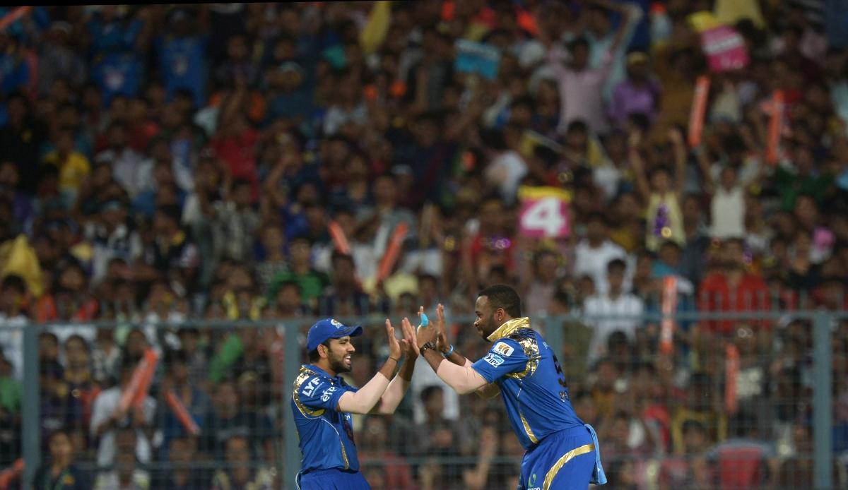 Mumbai players celebrate