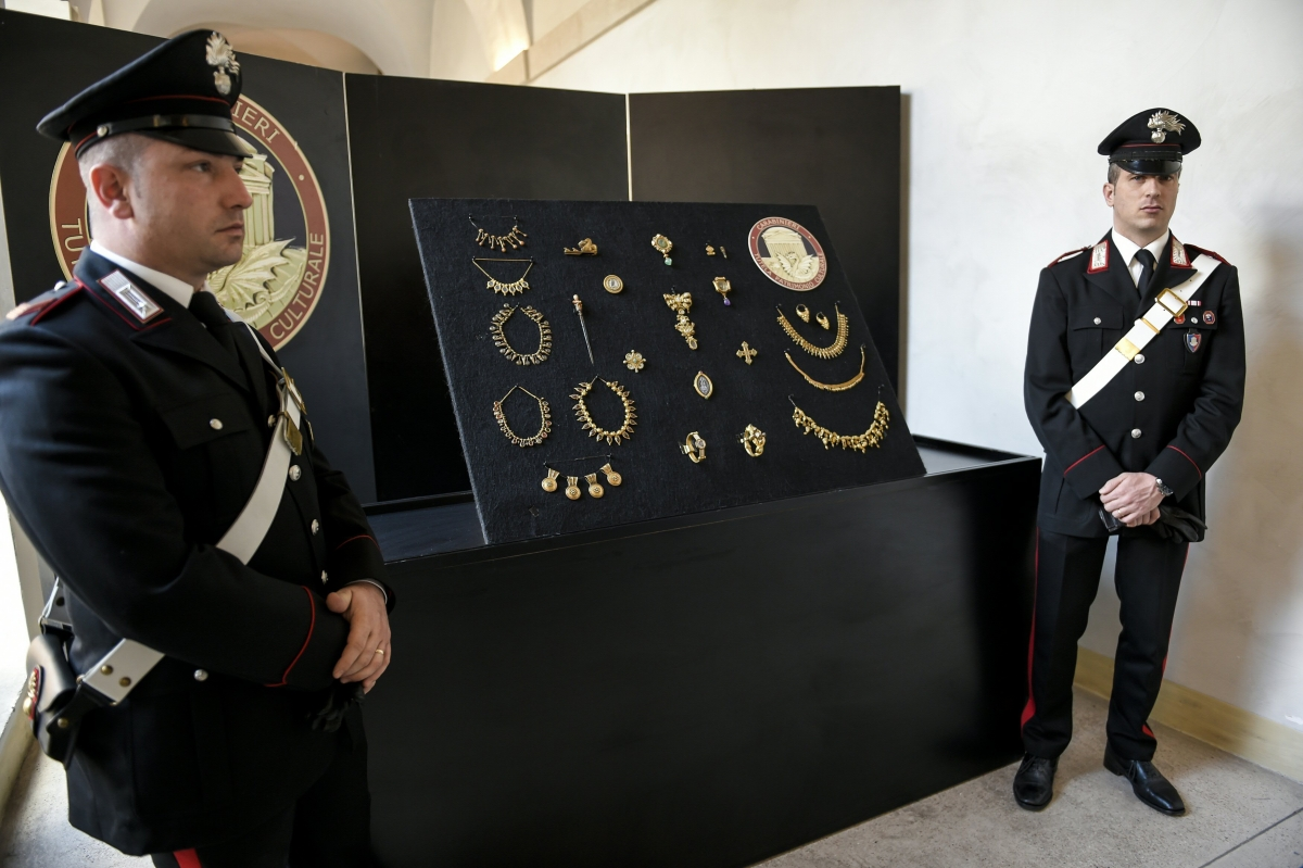 Stolen jewellery recovered