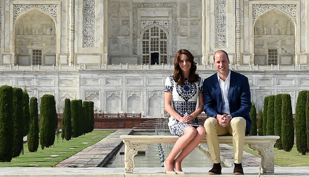 William Kate sit Diana Taj Mahal bench