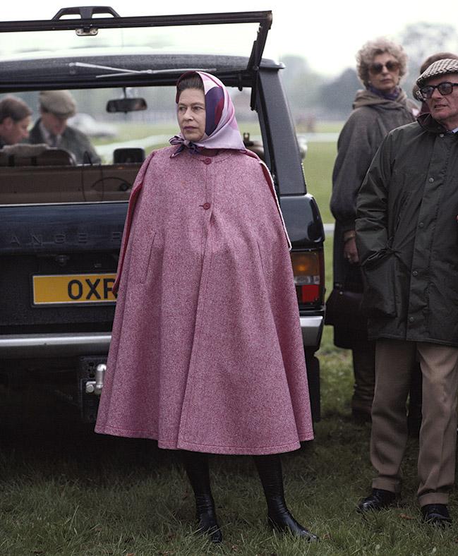 Queens 90th Birthday Elizabeth II Is A True Royal Fashion Icon