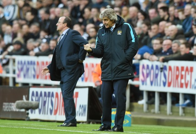 Manuel Pellegrini on the touchline