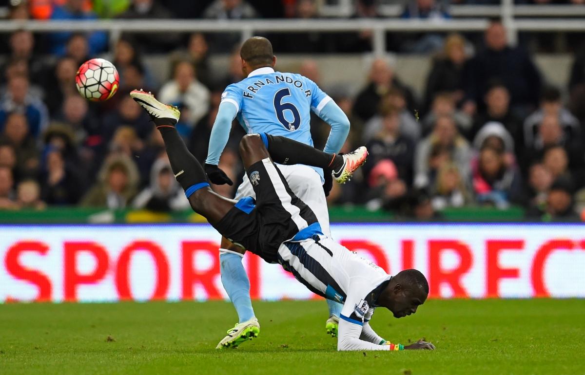 Fernando wins the ball back for City