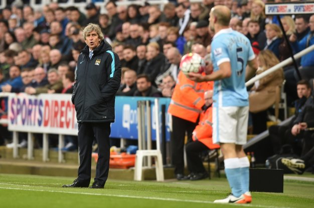 Manuel Pellegrini watches on