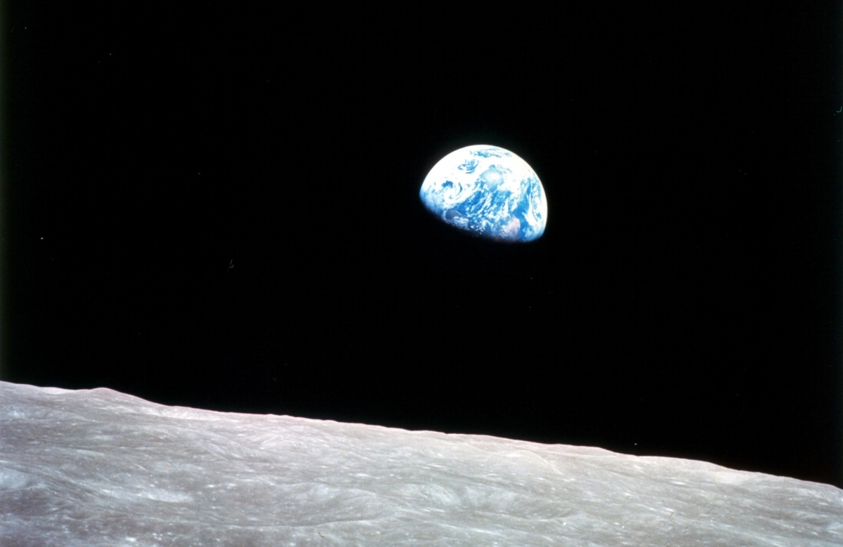 Overview effect: Why astronauts feel awe viewing Earth ...