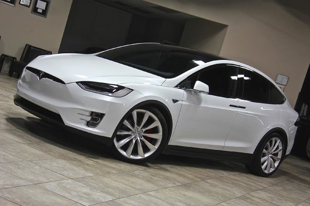 Ford pays £38,000 premium to get its hands on rare Tesla ...
