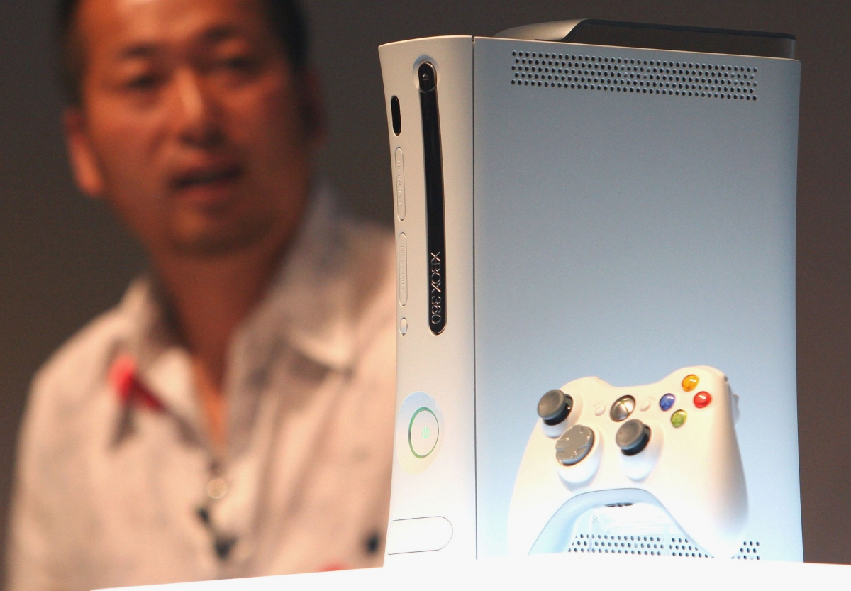 Xbox 360 console slim 2010