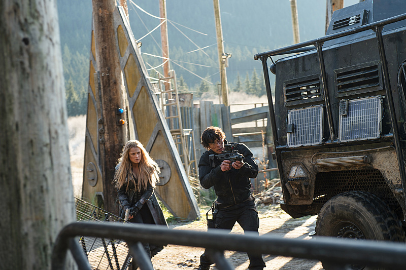 The 100 season 3 episode 12