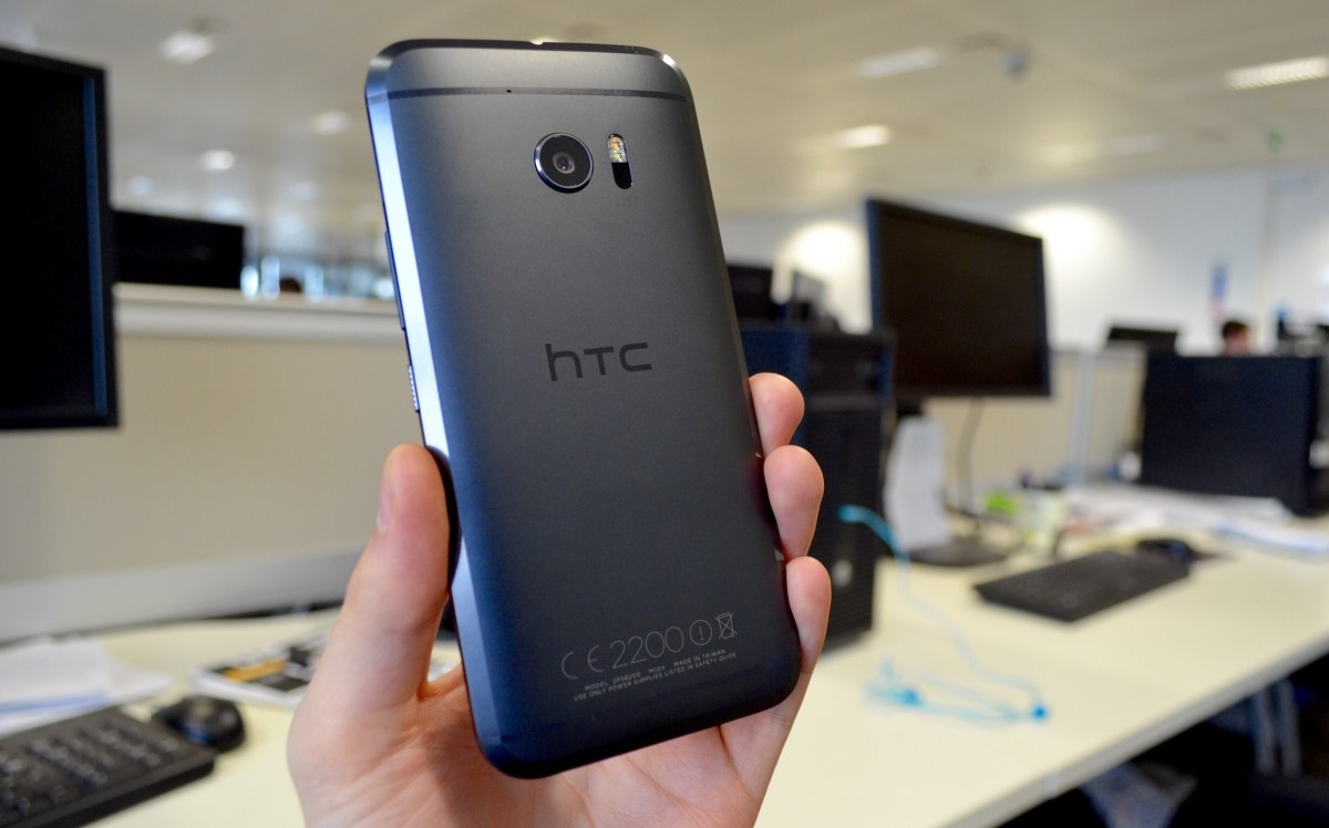 HTC 10 Review rear camera