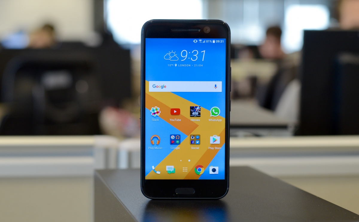 HTC 10 review header