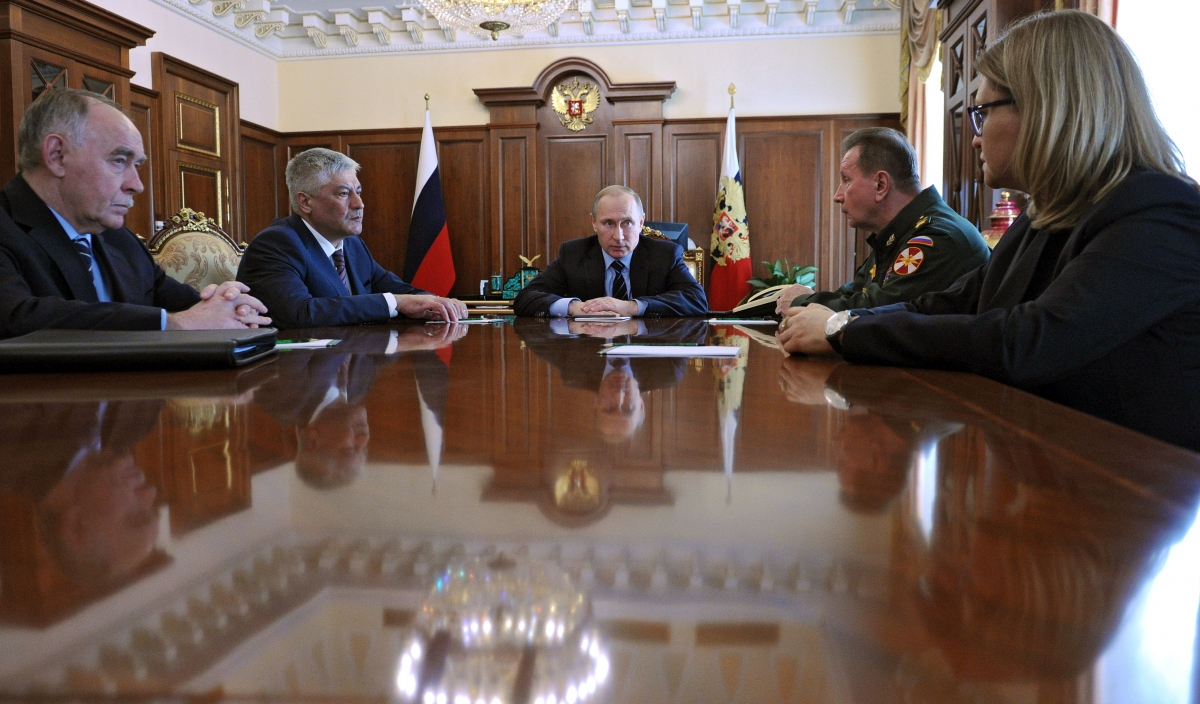 Putin  alongside the new head of the National Guard, Viktor Zolotov