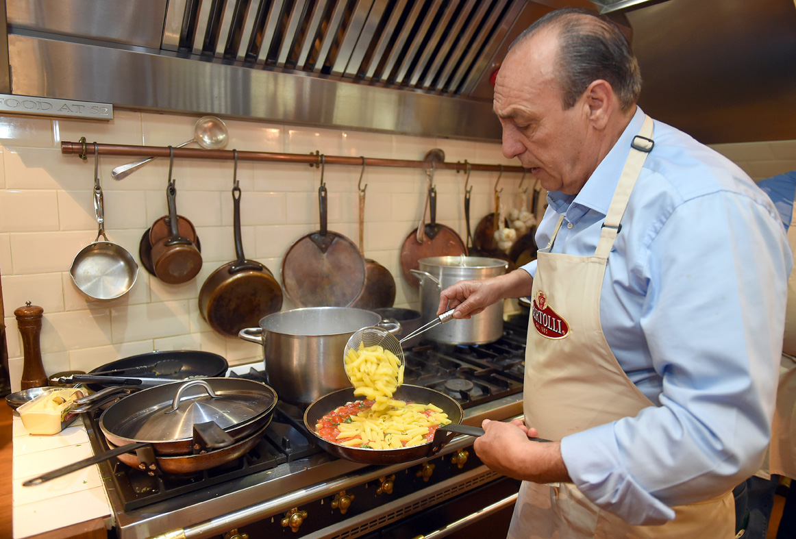 cooking pasta with genarro contaldo