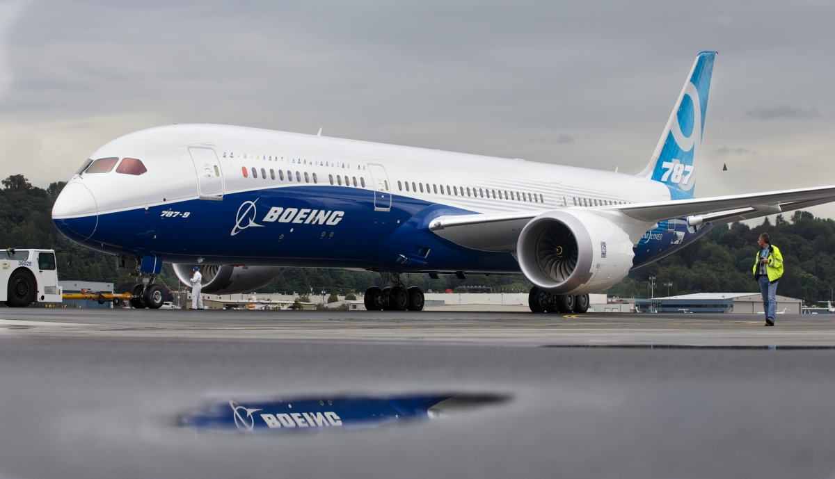 US FAA orders 'urgent' fix for Boeing 787 Dreamliners after mid-air engine failure