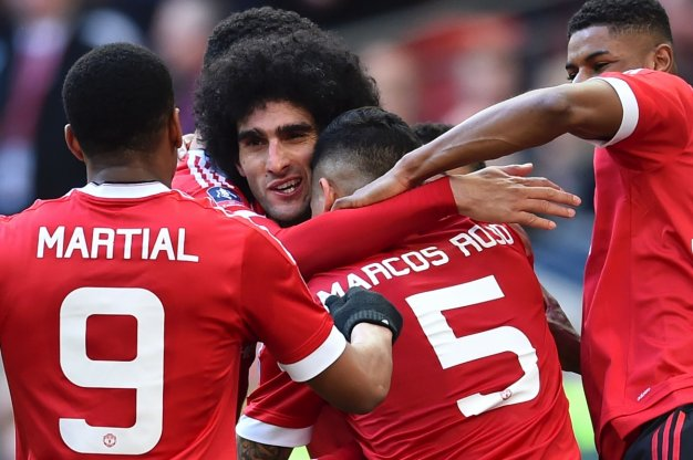 United players celebrate at Wembley