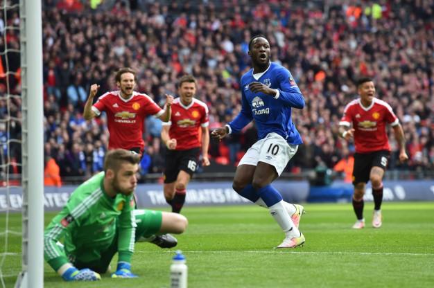David de Gea saves the penalty